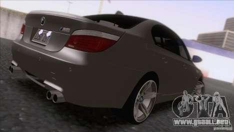 BMW M5 E60 2009 para GTA San Andreas vista posterior izquierda