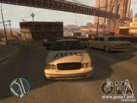 Policía de Ford Crown Victoria para GTA 4 left