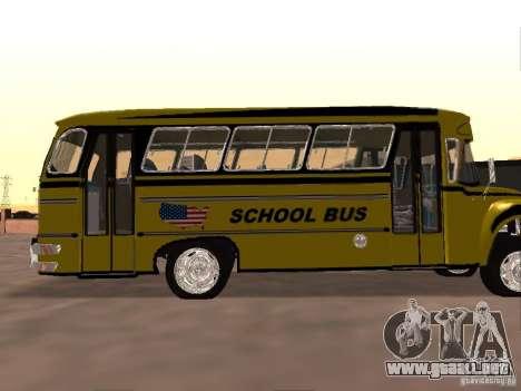 Bedford School Bus para GTA San Andreas vista hacia atrás