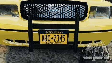 Ford Crown Victoria NYC Taxi 2004 para GTA 4 vista interior
