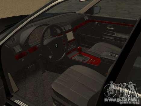 BMW 740I E38 (RUS) para la visión correcta GTA San Andreas