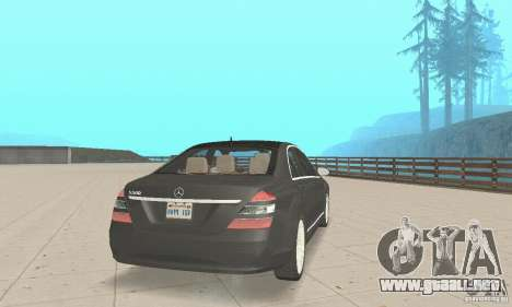 Mercedes-Benz S500 (w221) 2006 para GTA San Andreas left