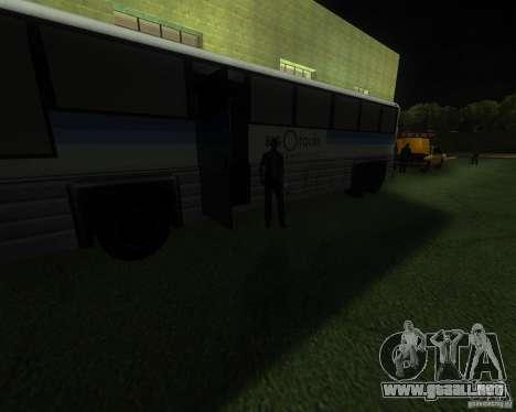 Una bulliciosa estación de tren en San Fierro para GTA San Andreas segunda pantalla
