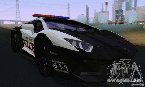 Lamborghini Aventador LP700-4 Police para GTA San Andreas left