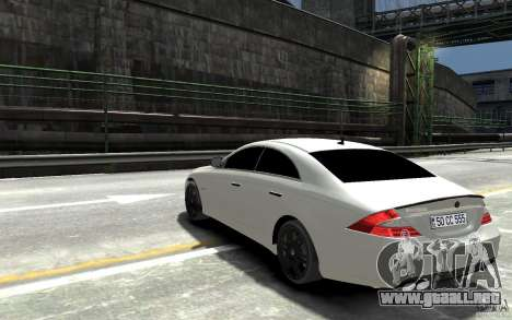 Mercedes Benz CLS Brabus Rocket 2008 para GTA 4 Vista posterior izquierda