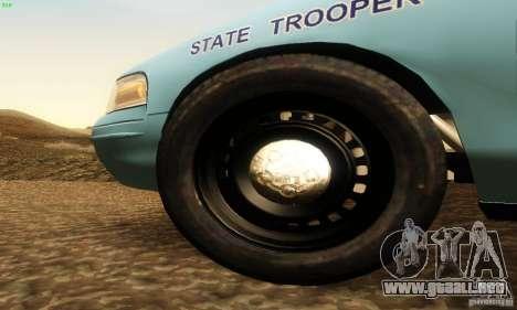 Ford Crown Victoria Maine Police para la visión correcta GTA San Andreas
