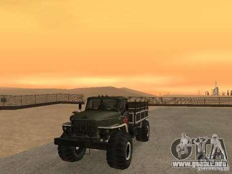 Desfile Ural 43206 para GTA San Andreas