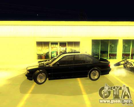 BMW 750i e38 2001 M-Packet para GTA San Andreas vista posterior izquierda
