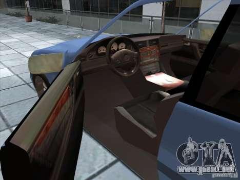 Mercedes Benz C220 para GTA San Andreas vista hacia atrás