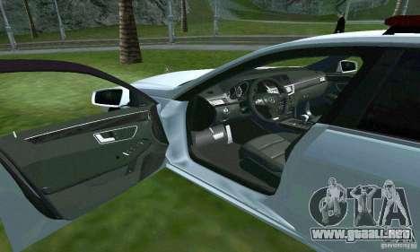 Mercedes-Benz E63 DPS para la vista superior GTA San Andreas