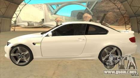 BMW 335i Coupe 2011 para GTA San Andreas left