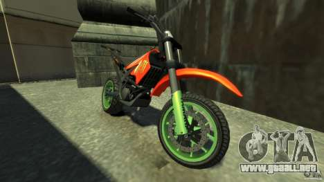 Stunt Supermotard Sanchez para GTA 4 left