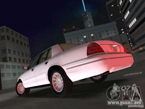 Ford Crown Victoria para GTA Vice City left