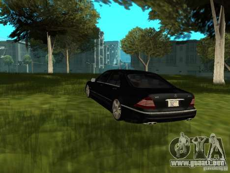 Mercedes Benz AMG S65 para GTA San Andreas left