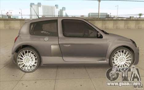 Renault Clio V6 para visión interna GTA San Andreas