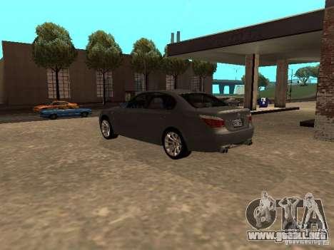BMW M5 E60 2009 v2 para GTA San Andreas vista posterior izquierda