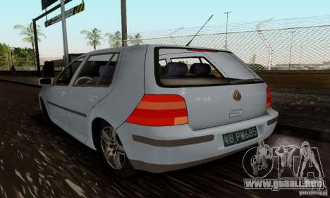 Volkswagen Golf 4 1.6 para GTA San Andreas left