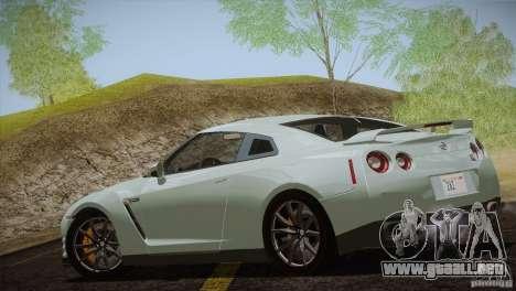 Nissan GTR Black Edition para GTA San Andreas vista hacia atrás