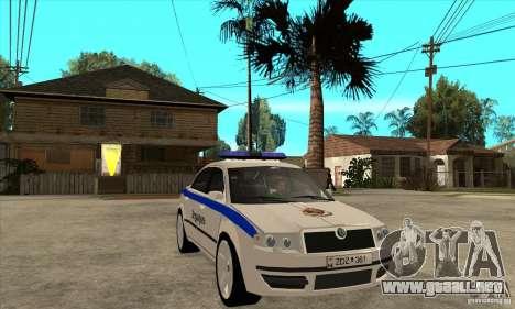 Skoda SuperB GEO Police para GTA San Andreas vista hacia atrás