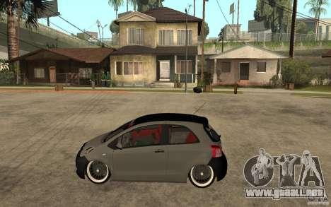 Toyota Yaris II Custom para GTA San Andreas left