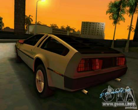 DeLorean DMC-12 V8 para GTA Vice City vista posterior