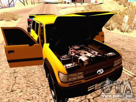 Toyota Land Cruiser 80 Off Road Rims para GTA San Andreas vista hacia atrás