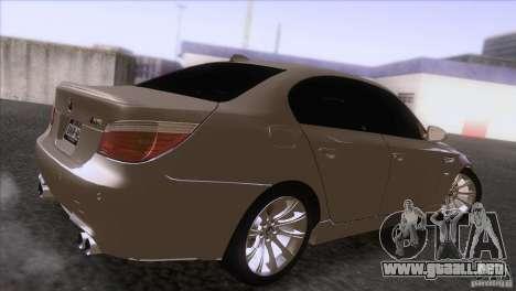 BMW M5 2009 para GTA San Andreas vista hacia atrás