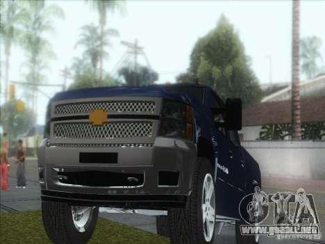 Chevrolet Silverado 1500 para GTA San Andreas vista hacia atrás