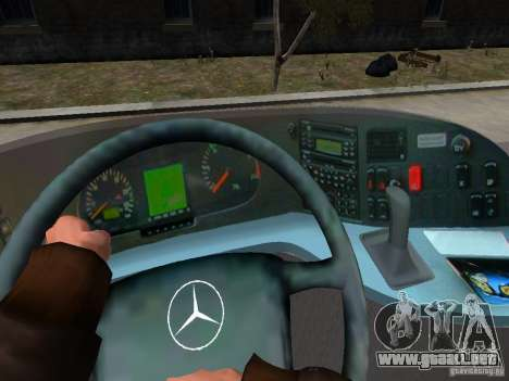 Mercedes Travego para GTA 4 interior