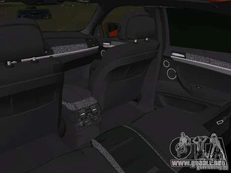 BMW X6M para GTA Vice City vista desde abajo