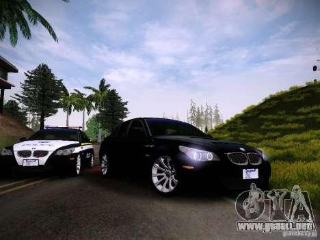 BMW M5 E60 Police para GTA San Andreas vista hacia atrás