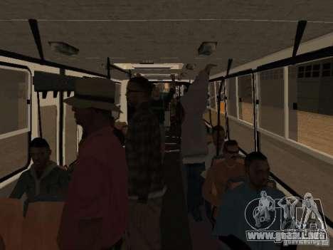 IKARUS 280.46 para vista lateral GTA San Andreas