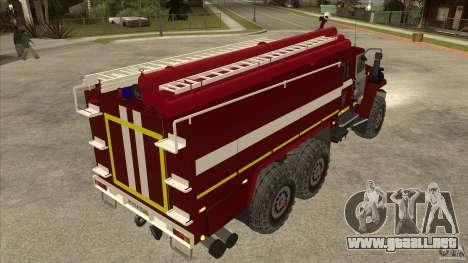 Ural 43206 bombero para la visión correcta GTA San Andreas