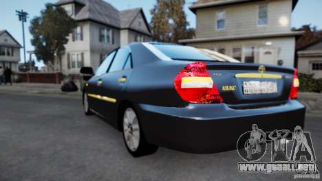 Toyota Camry 2004 para GTA 4 Vista posterior izquierda