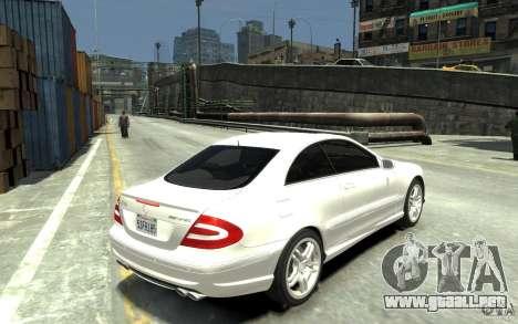 Mercedes-Benz CLK55 AMG 2003 v1 para GTA 4 visión correcta