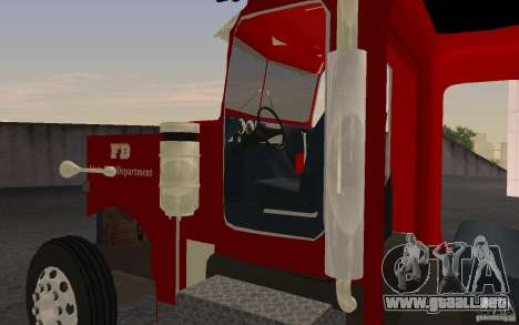 Peterbilt 379 Fire Truck ver.1.0 para GTA San Andreas left