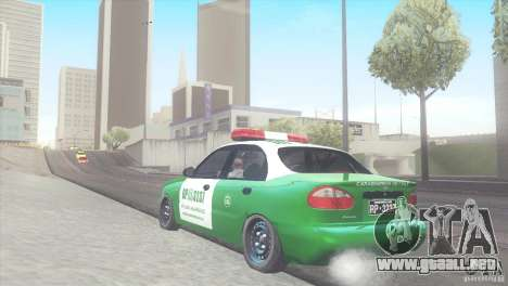 Daewoo Lanos De Carabineros De Chile para GTA San Andreas vista posterior izquierda