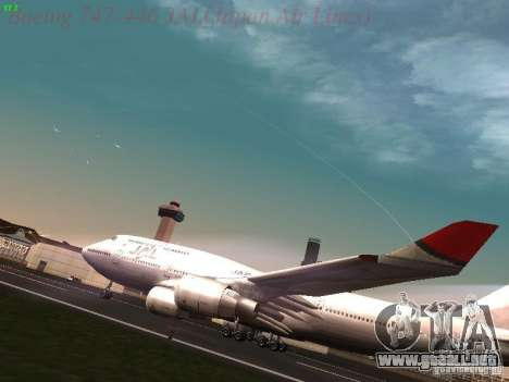 Boeing 747-446 Japan-Airlines para GTA San Andreas left