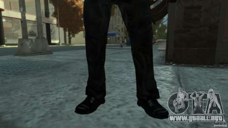 Metal Clothes Pack para GTA 4 adelante de pantalla