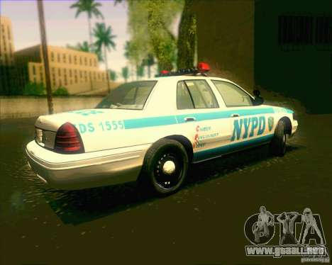 Ford Crown Victoria 2003 NYPD police V2.0 para GTA San Andreas left