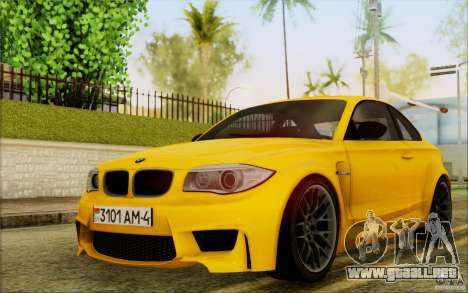 BMW 1M Coupe para GTA San Andreas left