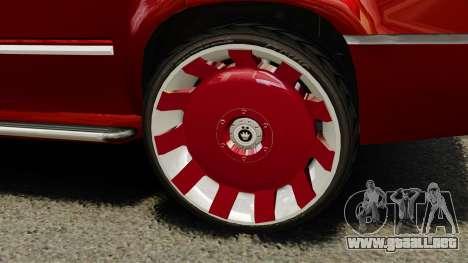 Cadillac Escalade 2011 DUB para GTA 4 vista hacia atrás