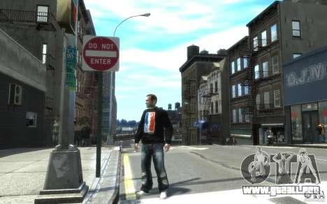 Los pantalones vaqueros y una camiseta para Nico para GTA 4
