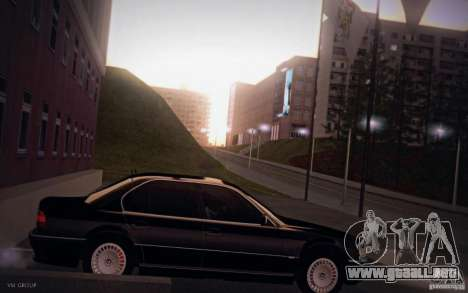 BMW 750i E38 2001 para GTA San Andreas left