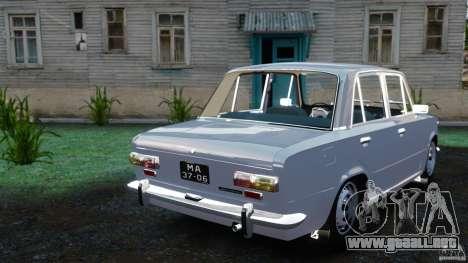 Stock VAZ-2101 para GTA 4 Vista posterior izquierda