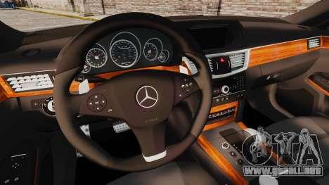 Mercedes-Benz E63 AMG para GTA 4 vista interior