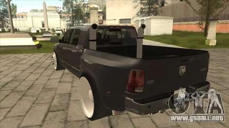 Dodge Ram Laramie Low para GTA San Andreas vista hacia atrás