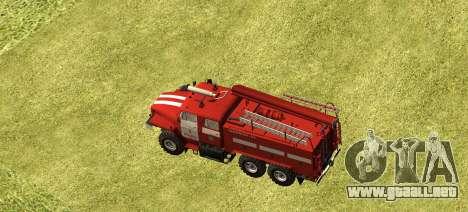 Ural 4320 bombero para GTA San Andreas left
