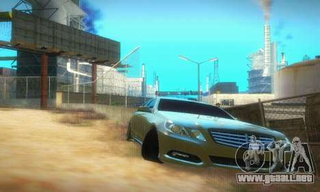 Mercedes-Benz E350 Wagon para GTA San Andreas left