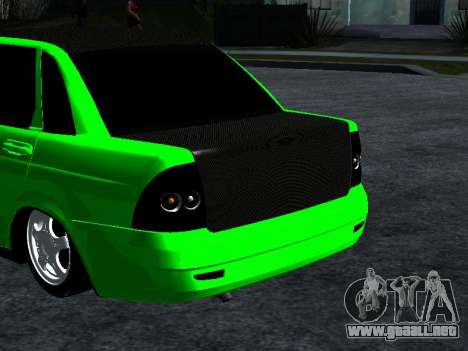 Lada Priora Carbon Lux para GTA San Andreas vista posterior izquierda